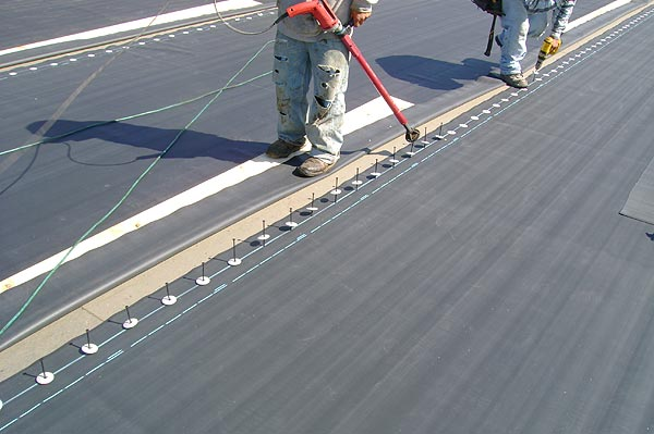 Captivating Commercial Roofing Contractor Ohio U2013 Providing A Range Of Commercial Roofing  Solutions For Convenient Installation. EPDM In Progress