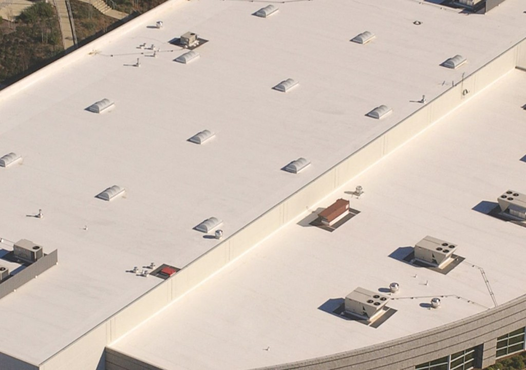 PVC-Roofing-System-Large-Commercial-Building-1024x720